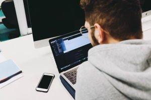 Perché investire sui ChatBot, uno strumento essenziale per l'assistenza aziendale